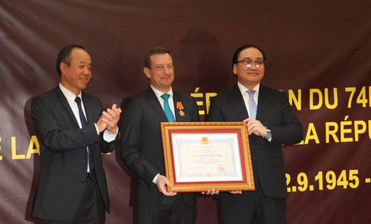 Kỷ niệm 74 năm Quốc khánh nước Cộng hòa Xã hội chủ nghĩa Việt Nam tại Cộng hòa Pháp.