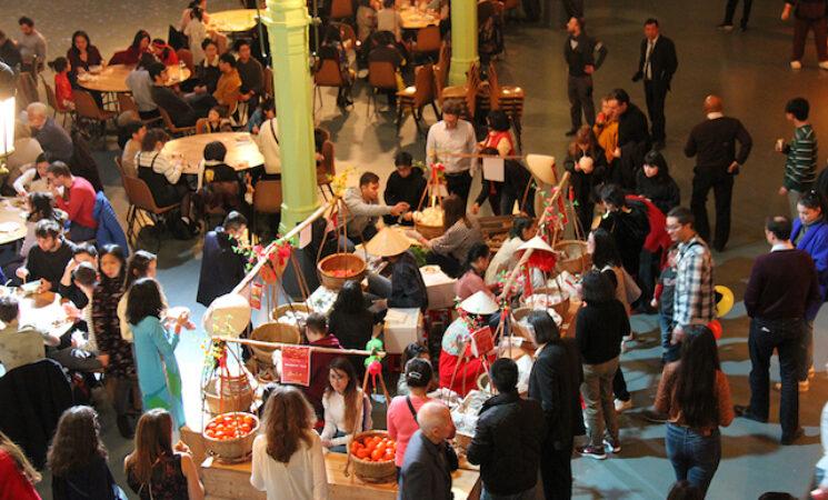 Cộng đồng người Việt tại Pháp vui đón Tết Canh Tý