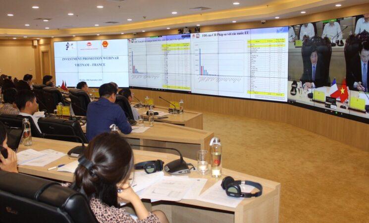 """Hội nghị trực tuyến """"Thúc đẩy thu hút đầu tư của Pháp vào Việt Nam thời kỳ hậu Covid-19"""""""